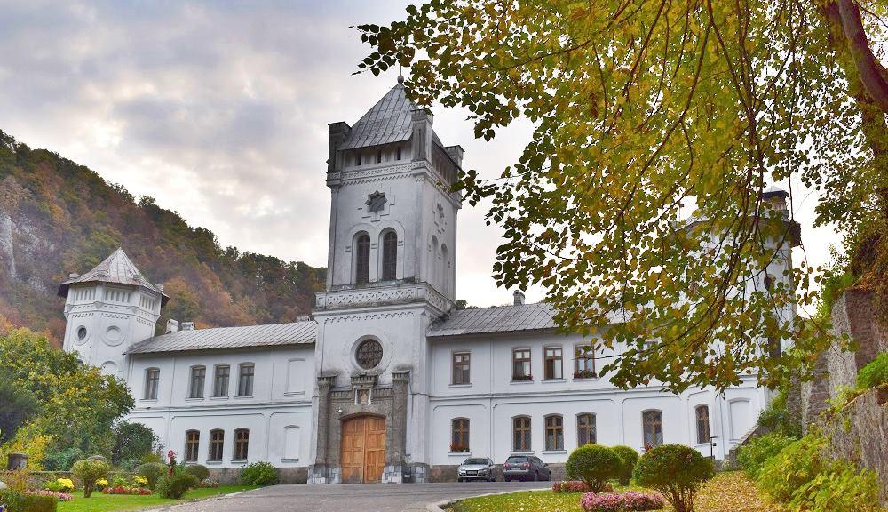 Mănăstirea Tismana: Credit foto: Mira Kaliani
