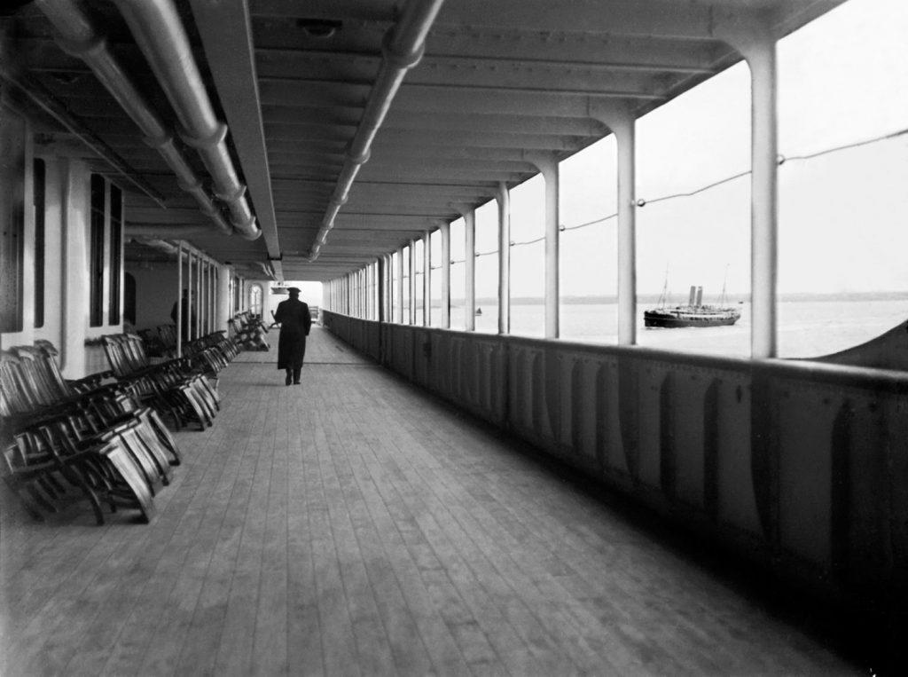 Zonă de promenadă pe Titanic pentru cei care doreau să se bucure de aer liber | Foto: Francis Browne, Bridgeman Images