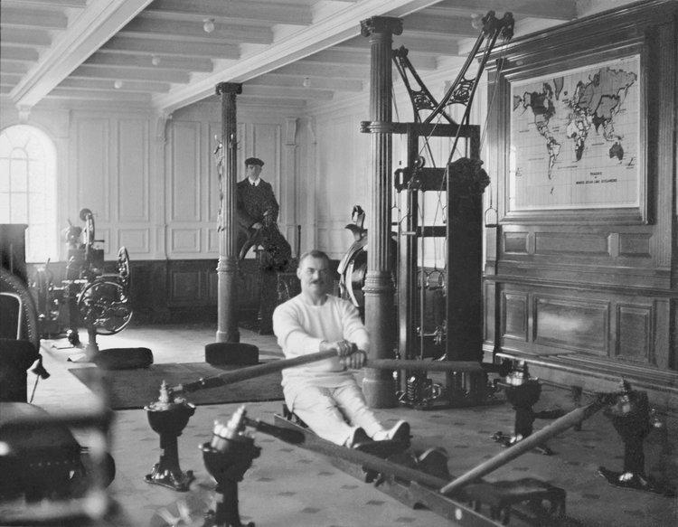 Imagine din sala de gimnastică amenajată pe Titanic, 1912 | Foto: Francis Browne, Bridgeman Images