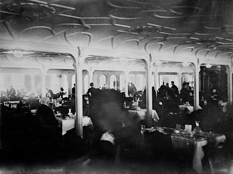 Sala de mase, first class | Foto: Francis Browne, Bridgeman Images
