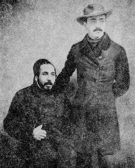 Vasile Alecsandri (în picioare) și Ion Ghica, Constantinopol 1855