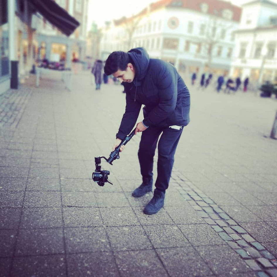 Alex Țene la filmări