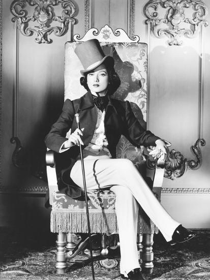 Actrița Merle Oberon în rolul George Sand din filmul A Song to Remember, 1945 | Sursa: AmReading