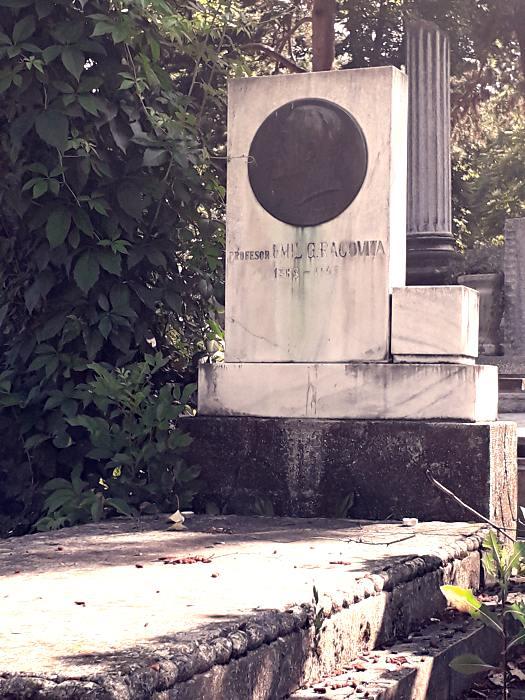 Mormântul profesorului Emil Racoviță; Credit foto: Mira Kaliani