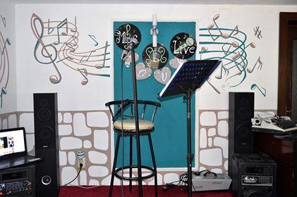 Cum a pus Gabriela muzica pe pereți