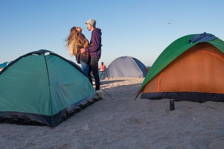 Îndrăgostiți și corturi. Vama lui Mihnea Turcu