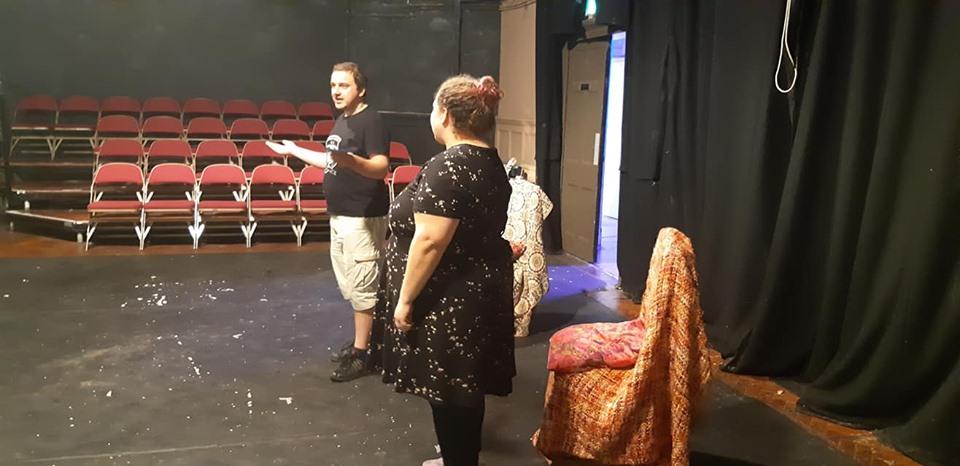 Leonard, pe scenă