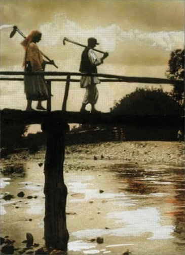Țărani trecând peste o punte | Fotografie: Iosif Berman; Arhiva personală Luiza Berman
