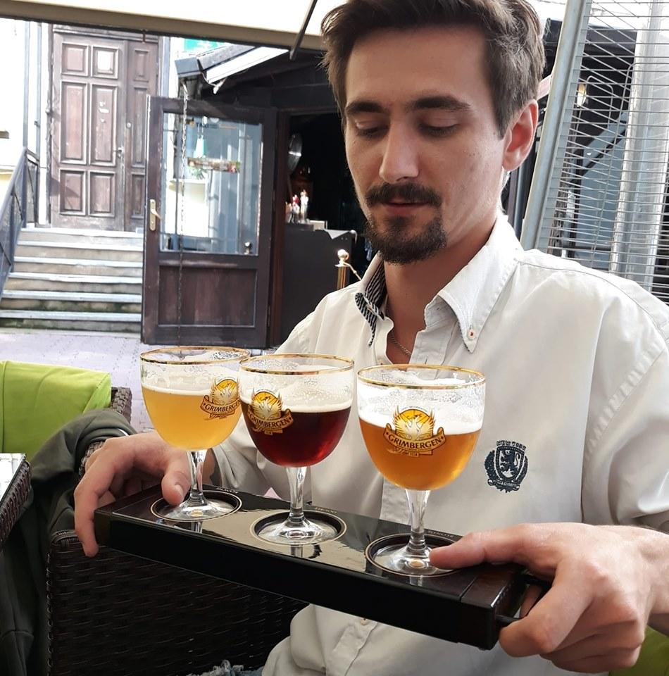 Alex, degustător de bere