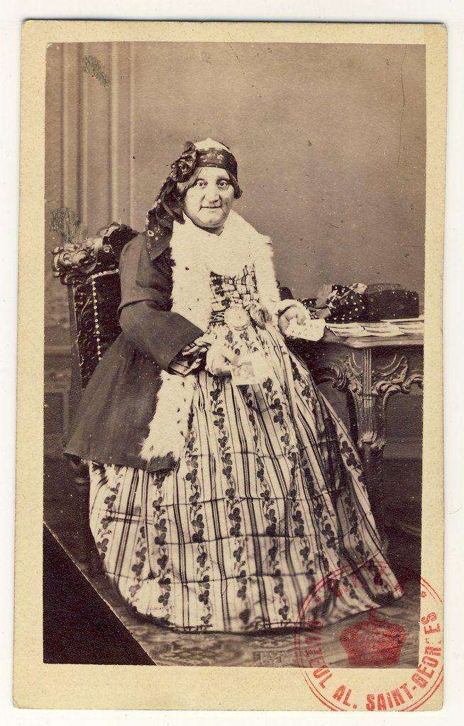 Matei Millo, în rol travesti | Fotografie de Károly Szathmári, 1864 | Sursa: World Digital Library