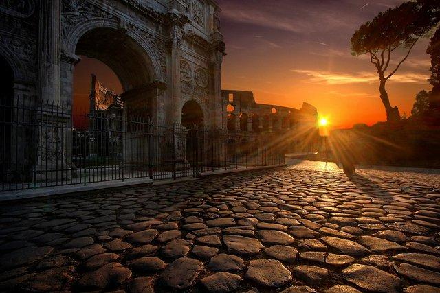 Colosseum, Roma | Credit foto: Julius Silver, Sursa: Pixabay