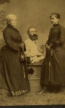 Bogdan Petriceicu Hasdeu și cele două Iulii, mamă și fiică | Sursa: Muzeul Hasdeu