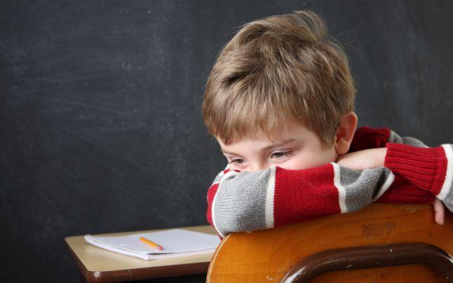 Copil timid. Sursă foto: Adevărul