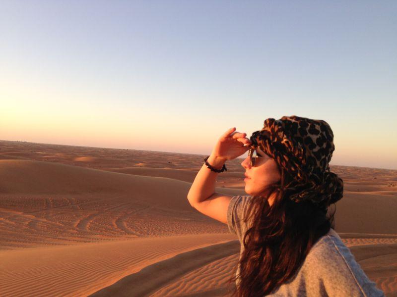 Andreea Roceanu / Dunele de nisip, Dubai