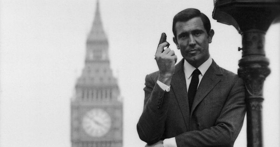 George Lazenby în rolul James Bond | Sursa: Moviefone