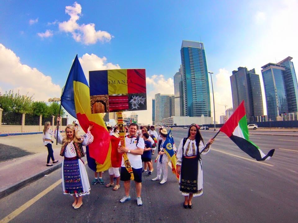 Alexandra, alături de românii care duc mai departe tradițiile românești