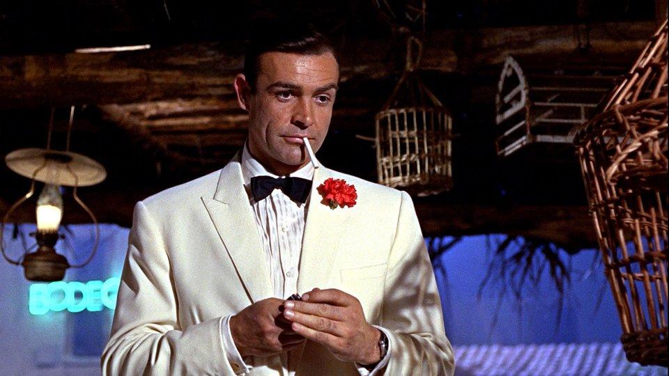 Sean Connery în rolul James Bond | Sursa: Breaking Geek