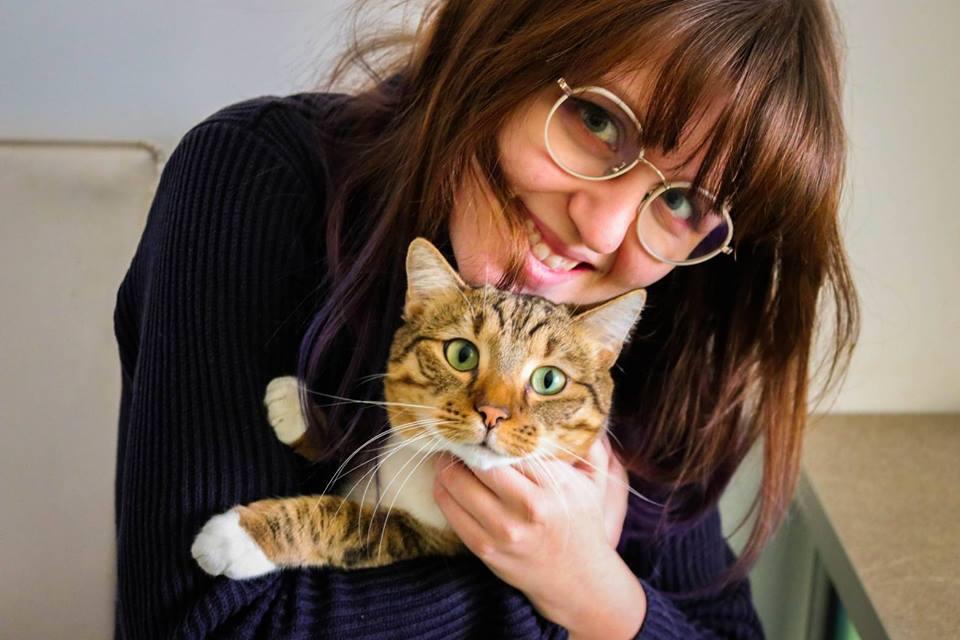 Oana, iubitoare de pisici