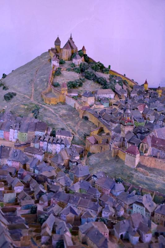 Macheta cetății Sighișoara, așa cum arăta urbea în 1735, realizată în 1952 de Julius Misselbacher din Sighișoara | Credit foto: Mira Kaliani