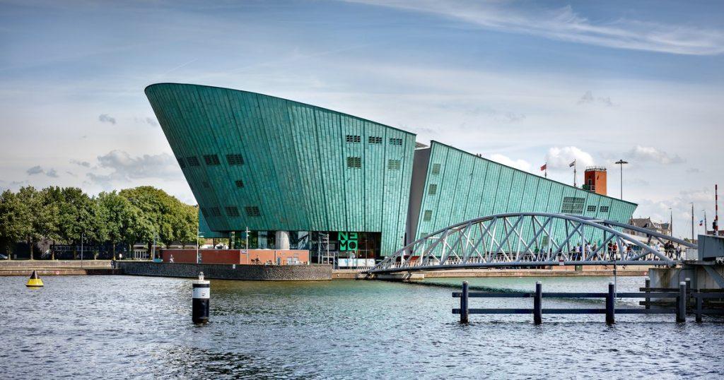 Muzeul și centrul științific NEMO, Amsterdam, Olanda | Sursa: NEMO Science Museum