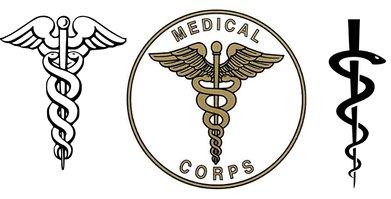 De la stânga: Sceptrul lui Hermes, Sursa: Wikipedia | Simbol Medical Corps US, Sursa: armynavymarine | Toiagul lui Esculap, Sursa: Wikipedia