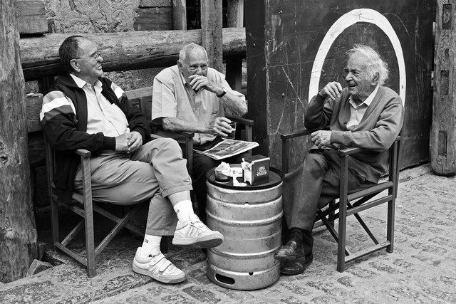 Întâlnire între prieteni | Foto: Daniel Nebreda/Pixabay