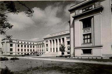 Palatul Facultății de Drept din București, inaugurat în 1936 | Sursa: Cutia cu vechituri