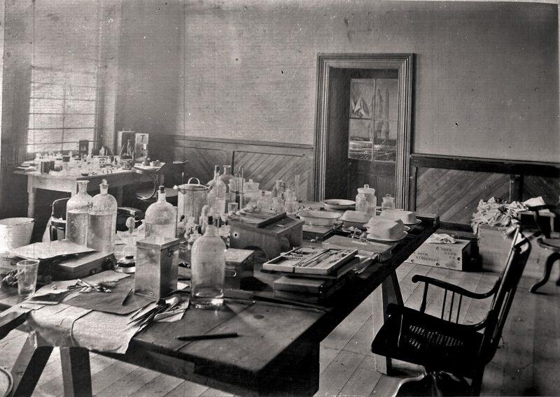 Laboratorul lui Robert Koch din perioada 1891-1900 Sursa: www.rki.de